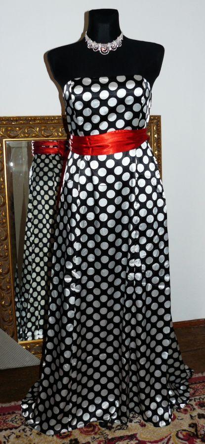 společenské šaty » skladem » do 2000Kč · společenské šaty » skladem » do  4000Kč · společenské šaty » skladem » černá 691e63457e